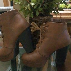 Charlotte Russe Lace-up brown Ankle Boots Size 7